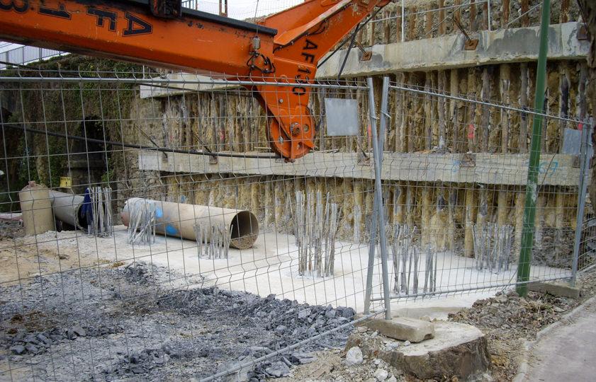 Cimentaciones de los muros y estibos del tramo de Euskotren Fandería-Oiartzun